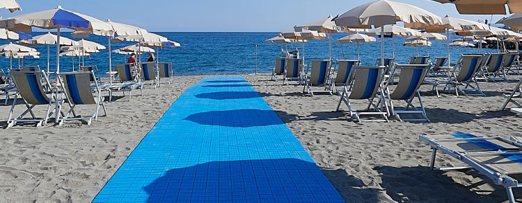 Make your beach accessible and secure with Fast Floor walkway